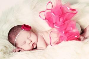 Имена для новорожденных девочек: как правильно подбирать